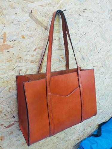 Grand sac cabas rigide